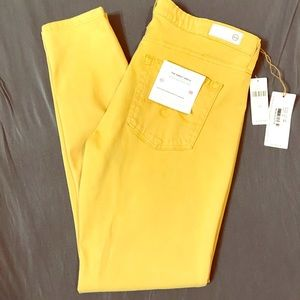 AG YELLOW THE ABBEY Mid Rise SSkinny Size 28  New